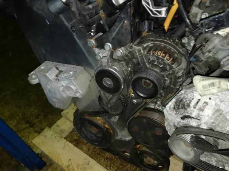 Двигатель контрактный Фольксваген 2.0i AZJ 006191 SOHC 8кл. для Гольф, Битл, Бора