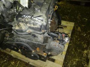 Двигатель QG15DE 1.5i