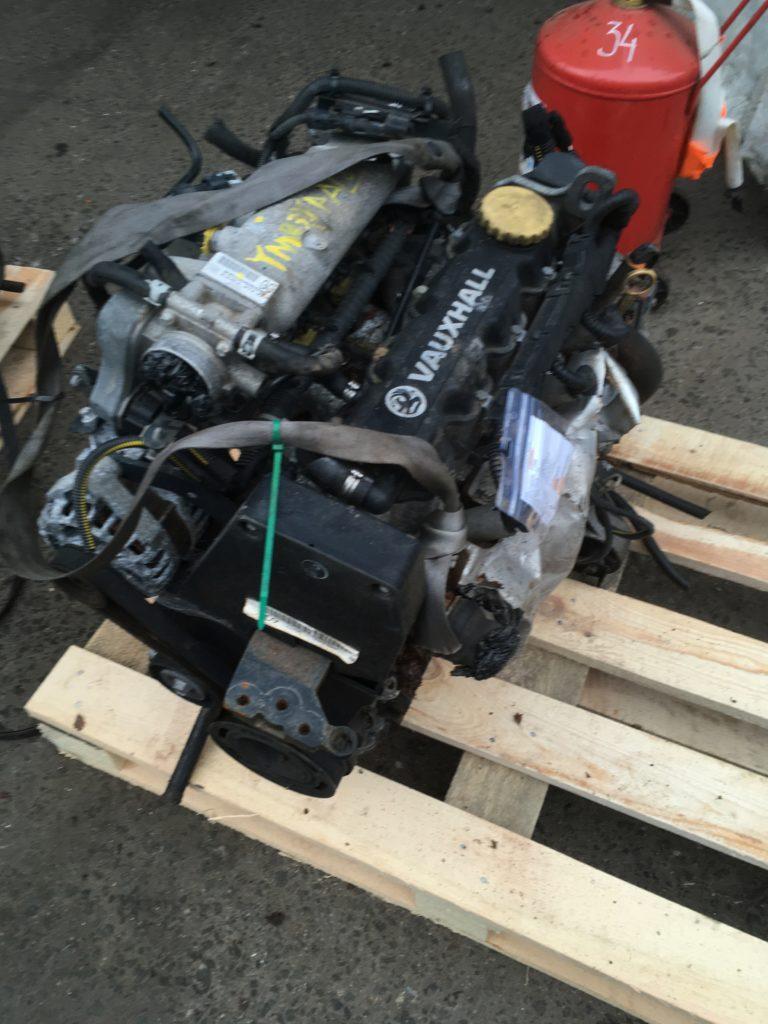 Контрактный двигатель Опель Астра, Корса, Мерива 1.6и SOHC 8кл. Z16SE 02PK9657
