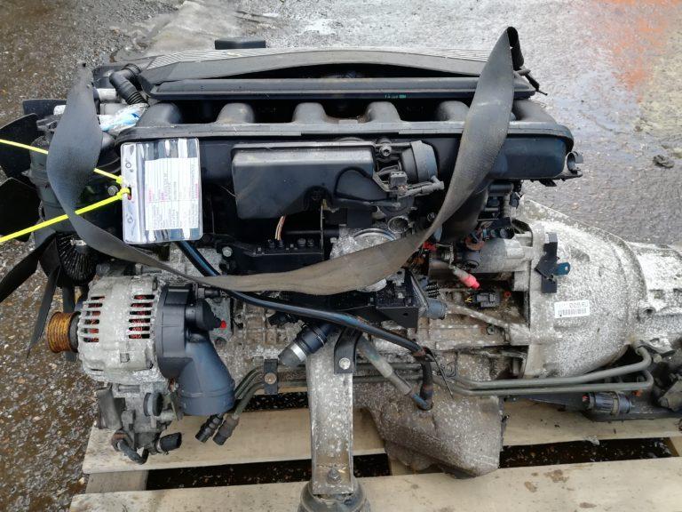 Контрактный двигатель бу 2,5и M52B25 (256S4) 31832068 для БМВ Е46