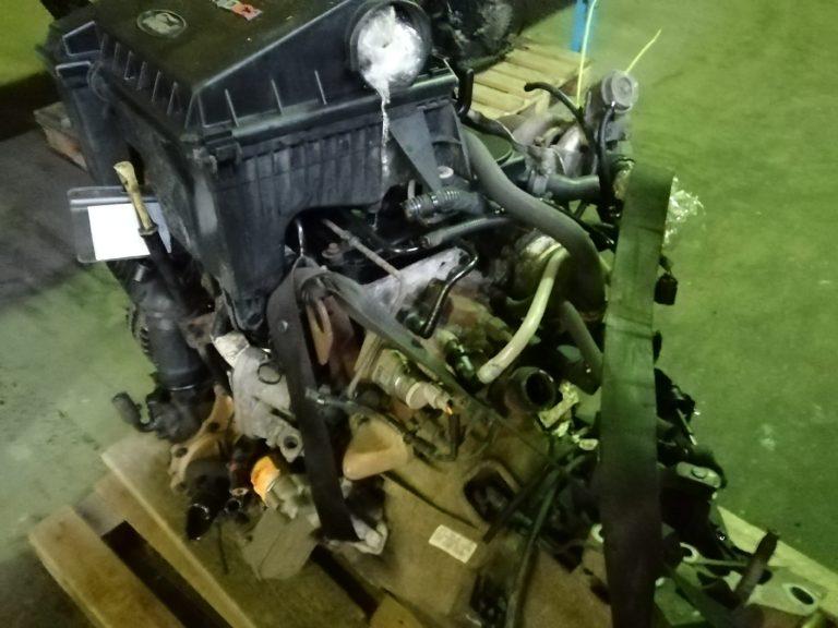 Контрактный двигатель Форд Транзит 2.2 дизель P8FA 6R59169 с навесным