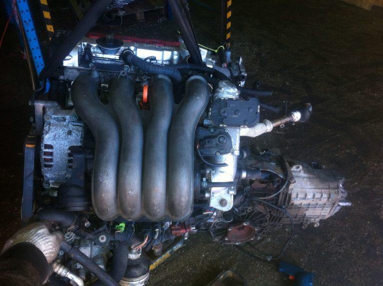 Двигатель контрактный Ауди A4 2003г. 1984 И AWA 11270