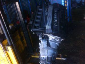 Контрактный двигатель бу 2,8и M52B28 (286S2) 31381964