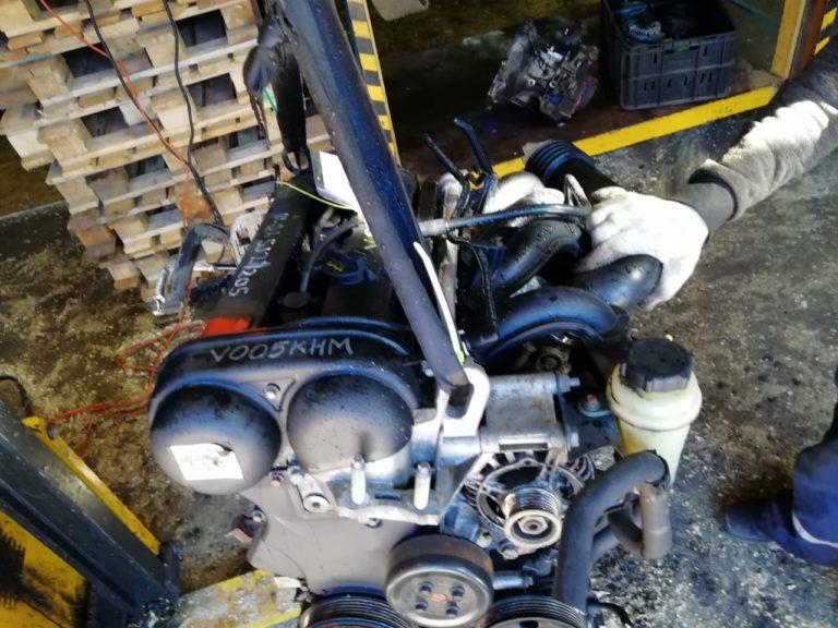 Контрактный двигатель Форд 1,6и HWDA 5J27205 100 л.с.