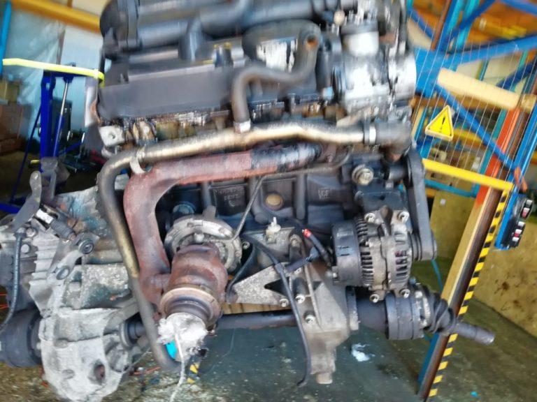 Контрактный двигатель Мерседес 2,2CDI OM 611980 50404173 для Vito, V-Class