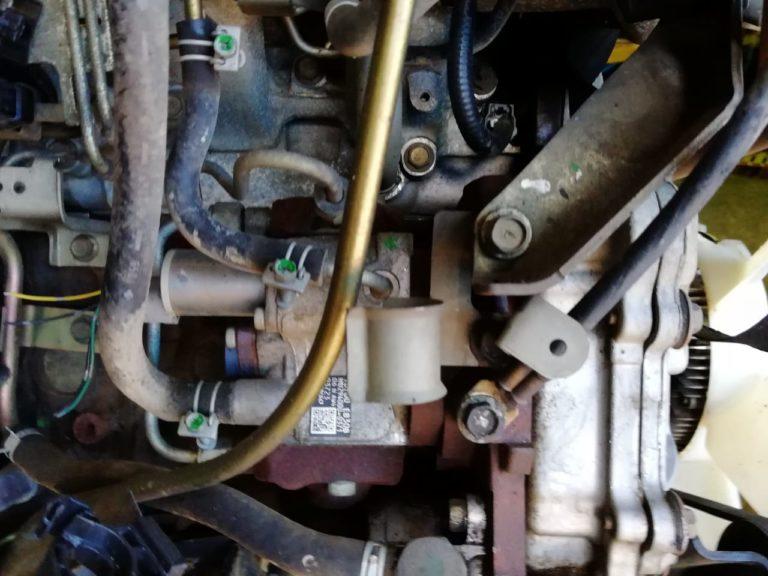 Контрактный двигатель Ниссан Навара 2,5dCi YD25DDTi 949501