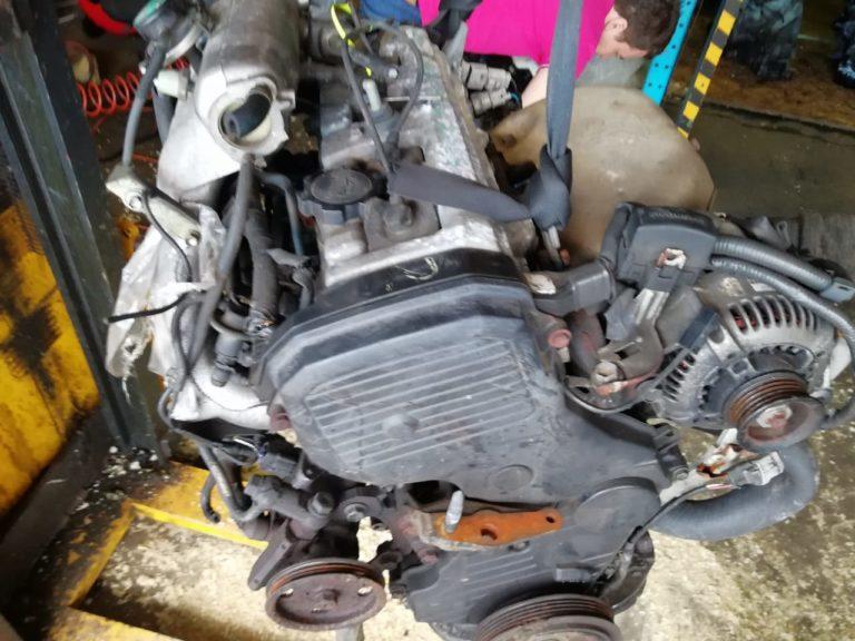 Двигатель контрактный Тойота 2.0и 3S-FE 3S2513085
