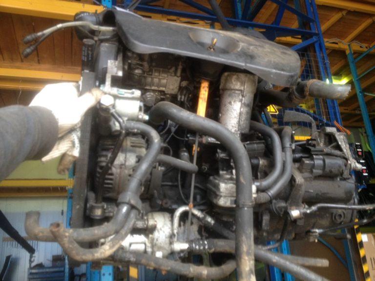 Двигатель Фольксваген 1,9 дизель AGR 380924 ALH (VW)