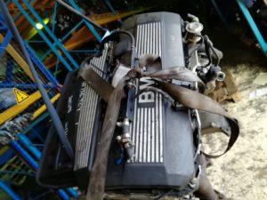 Контрактный двигатель бу 2,5и M52B25 (256S4) 31182198 для БМВ Е46