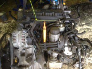 Контрактный двигатель бу Фольксваген Пассат 1,9TDi AWX 513846 (AVF)
