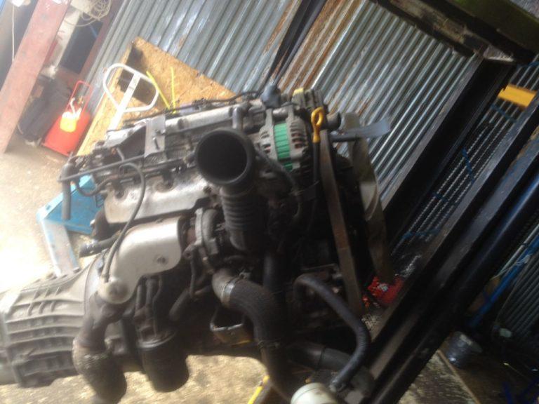 Контрактный Двигатель KIA 2.5 CRDi D4CB 2512491