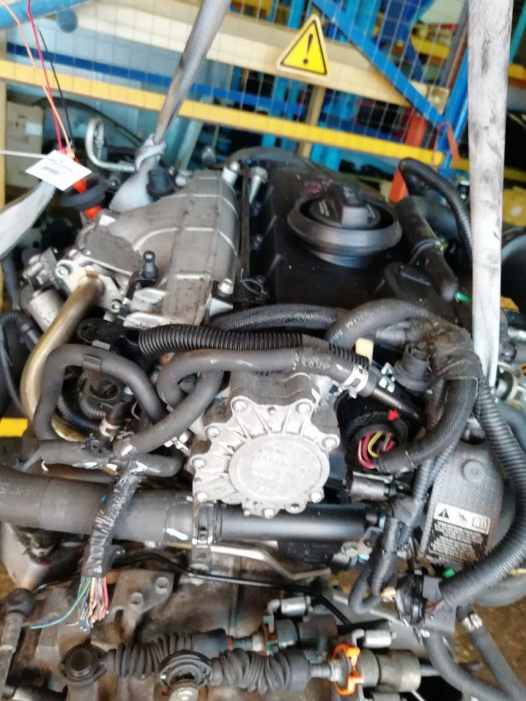 Двигатель ECN 2.0i
