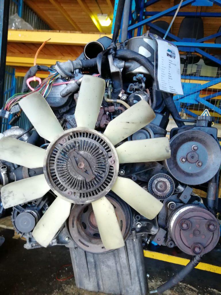 Контрактный двигатель Мерседес 2,2CDI OM 61198150570050