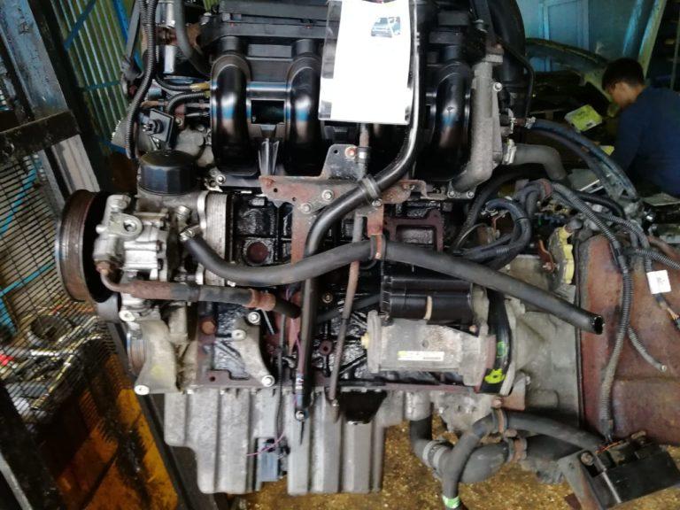 Контрактный двигатель Мерседес 2,2CDI OM 611980 50506485 для Vito, V-Class