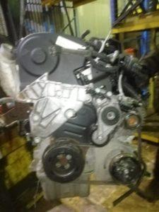 Двигатель AXW 2.0i