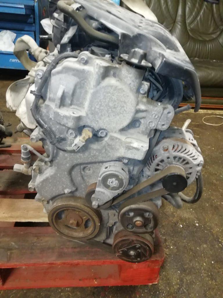 Двигатель MR20DE 2.0i