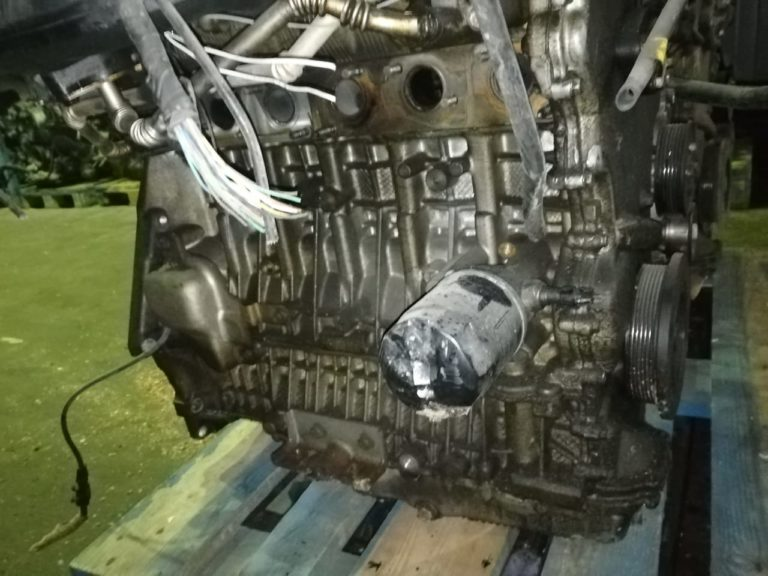 Двигатель X25D1 2.5i