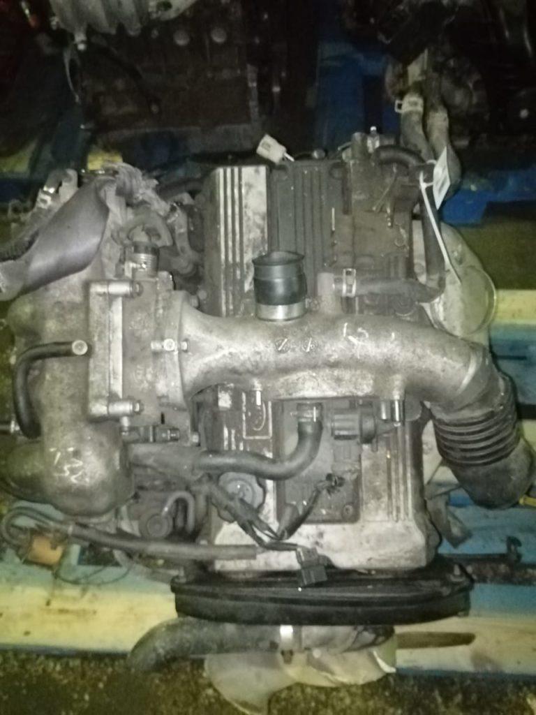Двигатель FE 2.0i